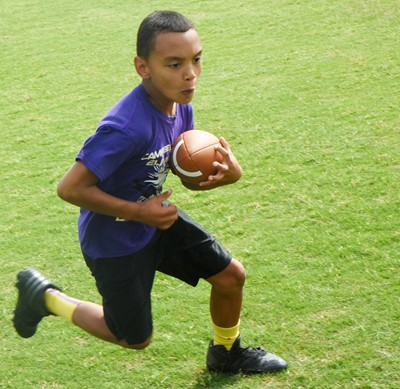 Campbellsville Elementary School fourth-grader Maddox Hawkins catches the ball.