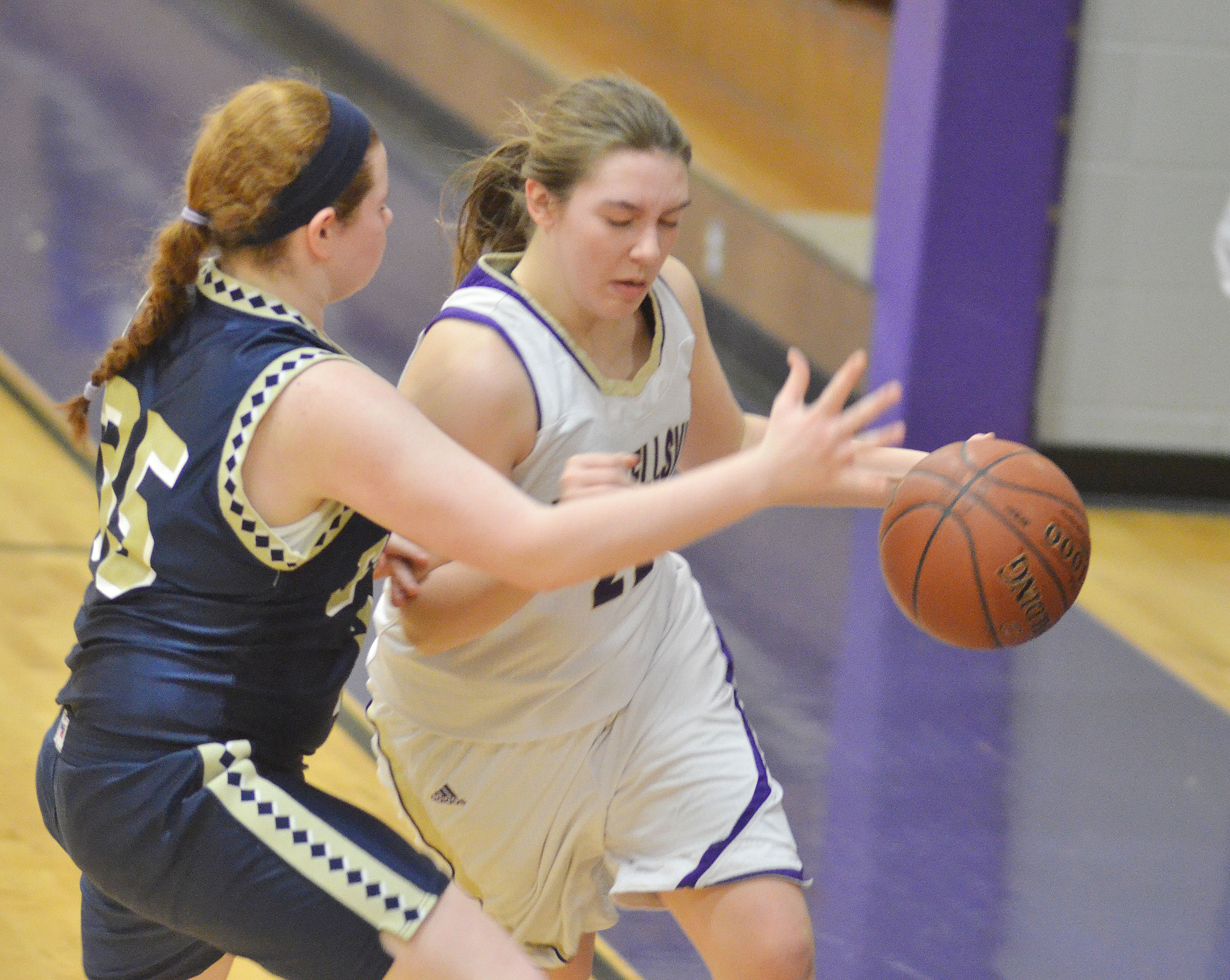 Campbellsville Middle School eighth-grader Abi Wiedewitsch dribbles to the hoop.