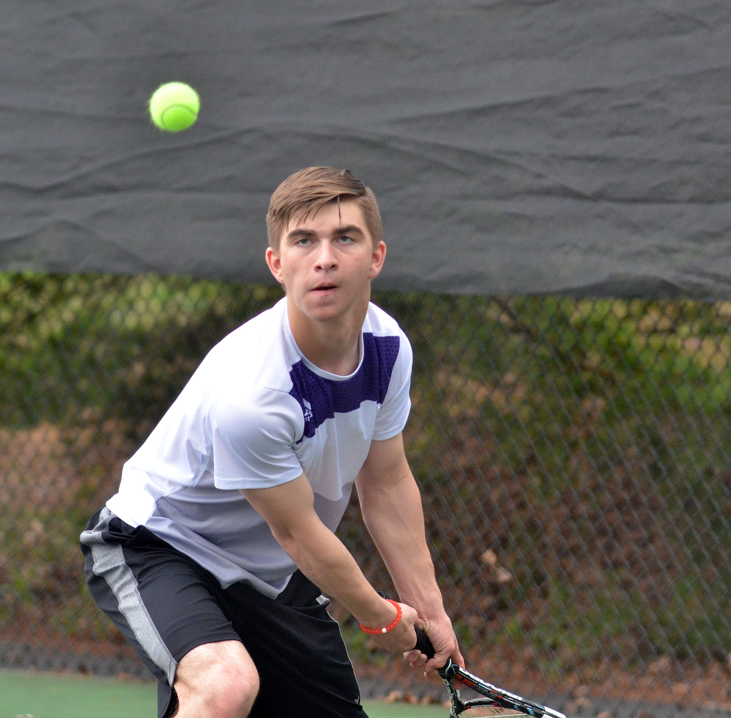 CHS junior Cass Kidwell keeps his eye on the ball.