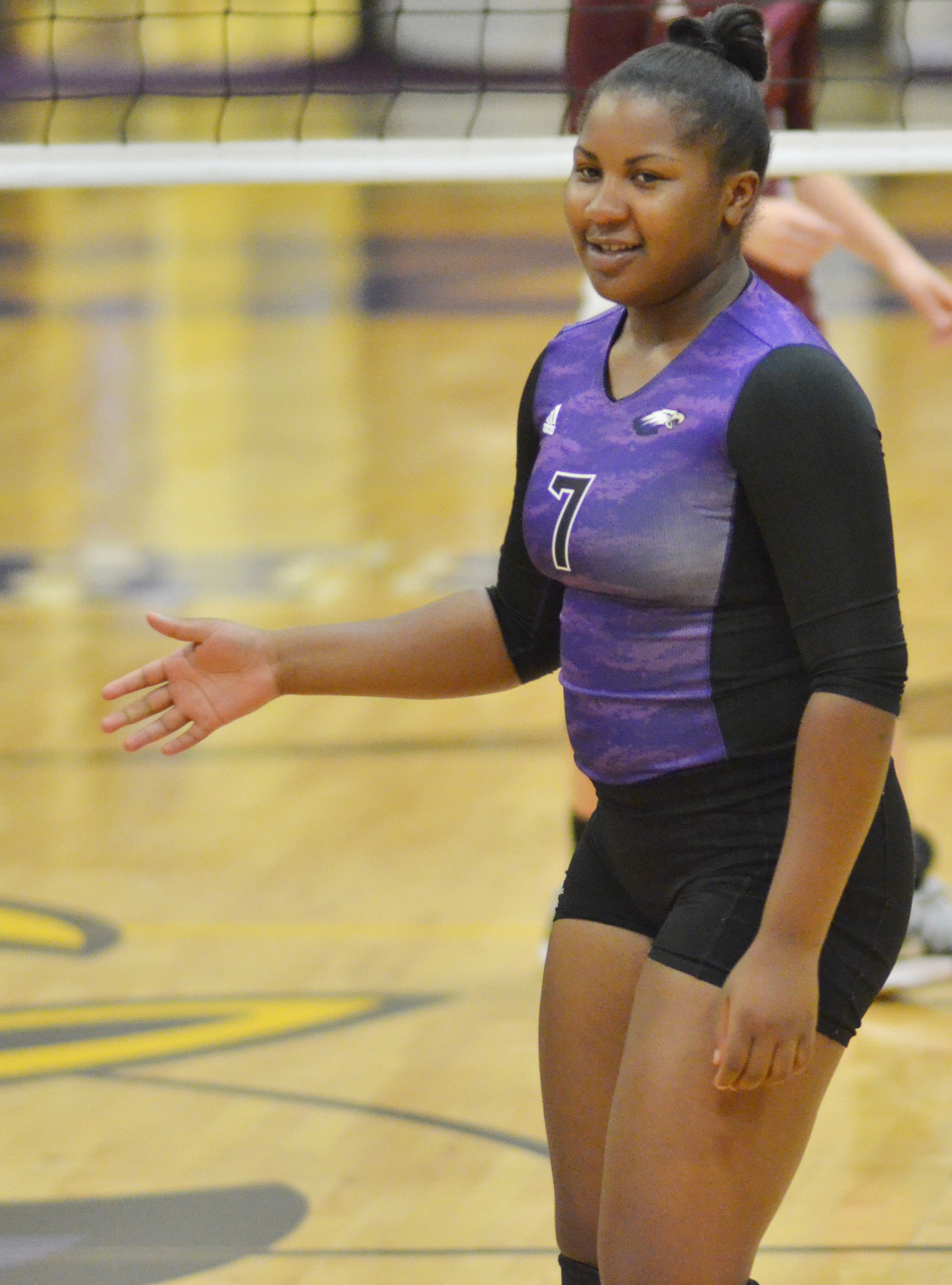 CHS senior Kiyah Barnett gets ready for the serve.