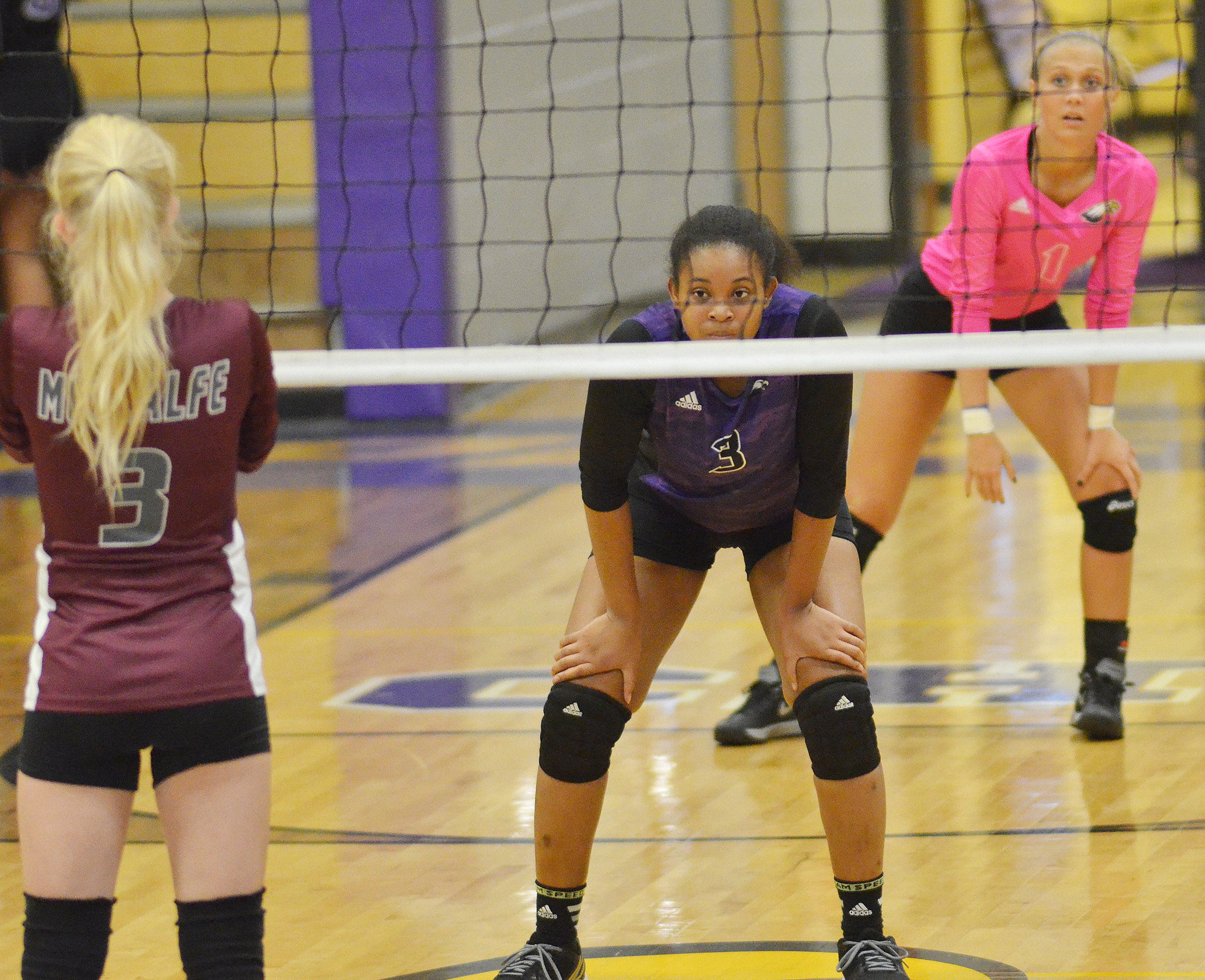 CHS senior Vonnea Smith gets ready for the serve.