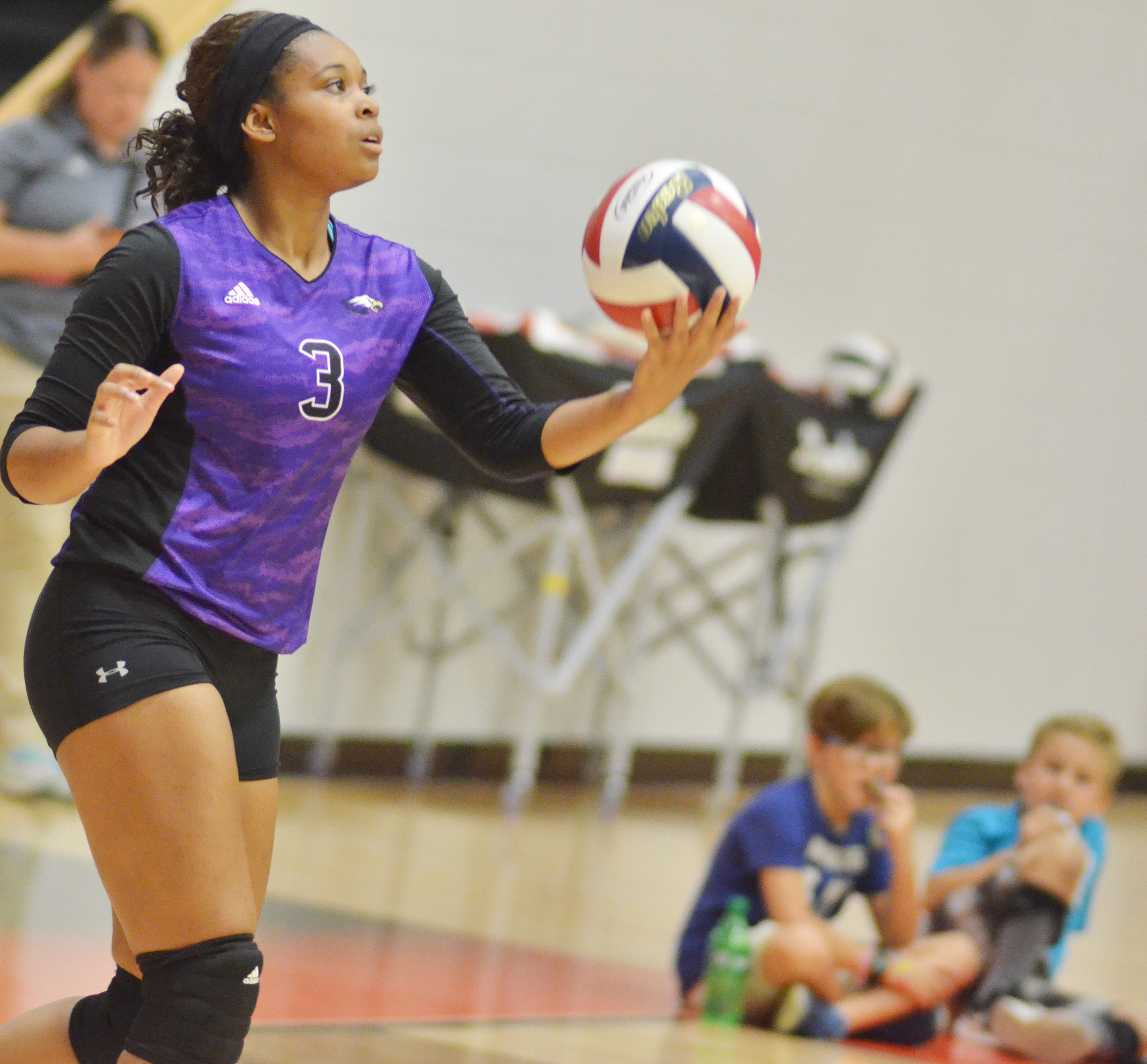 CHS senior Vonnea Smith serves.