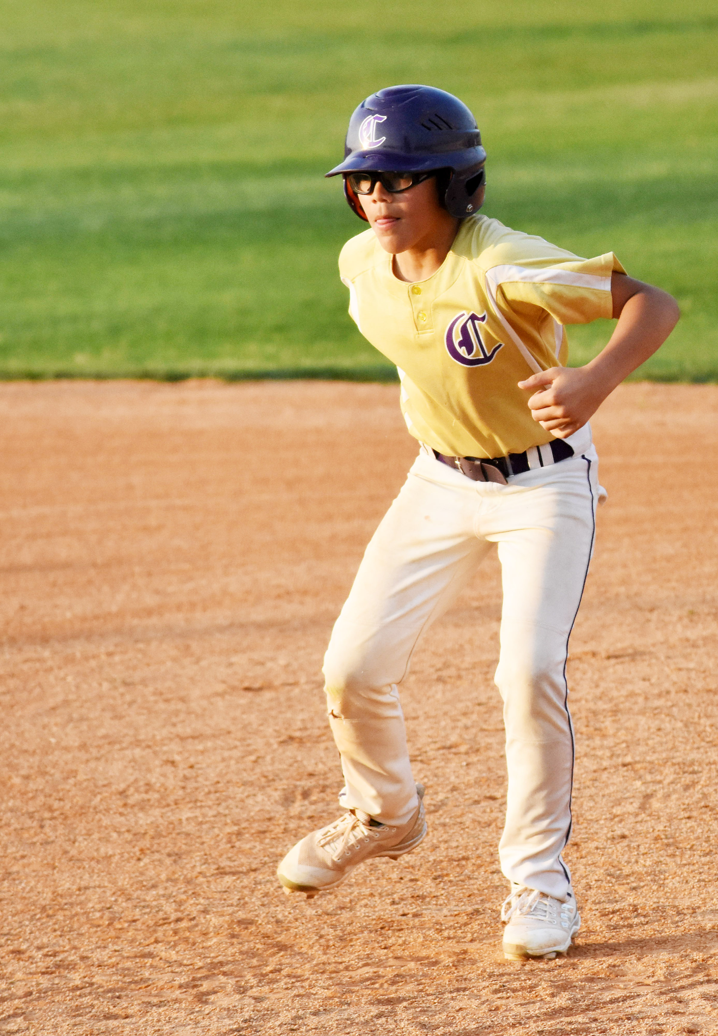 CMS eighth-grader Logan Phillips looks to steal second.