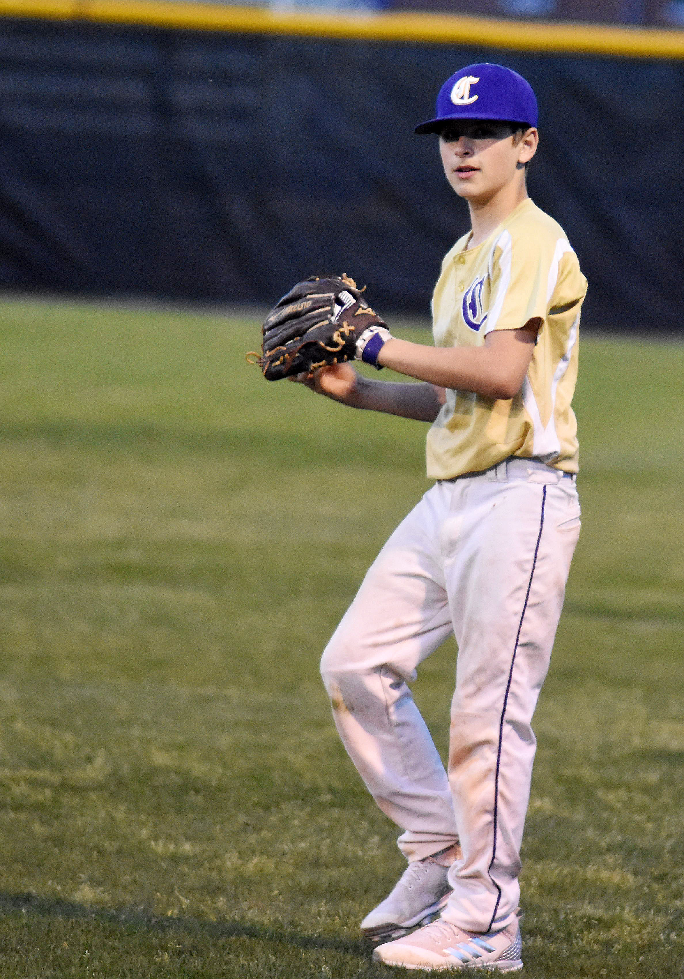 CMS sixth-grader Jaxon Sidebottom throws to first.