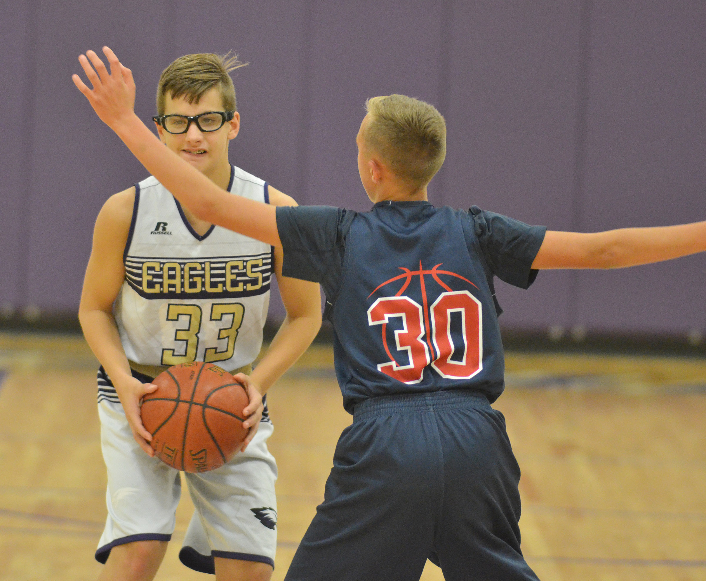 Campbellsville Elementary School fifth-grader Dalton Morris looks to pass.