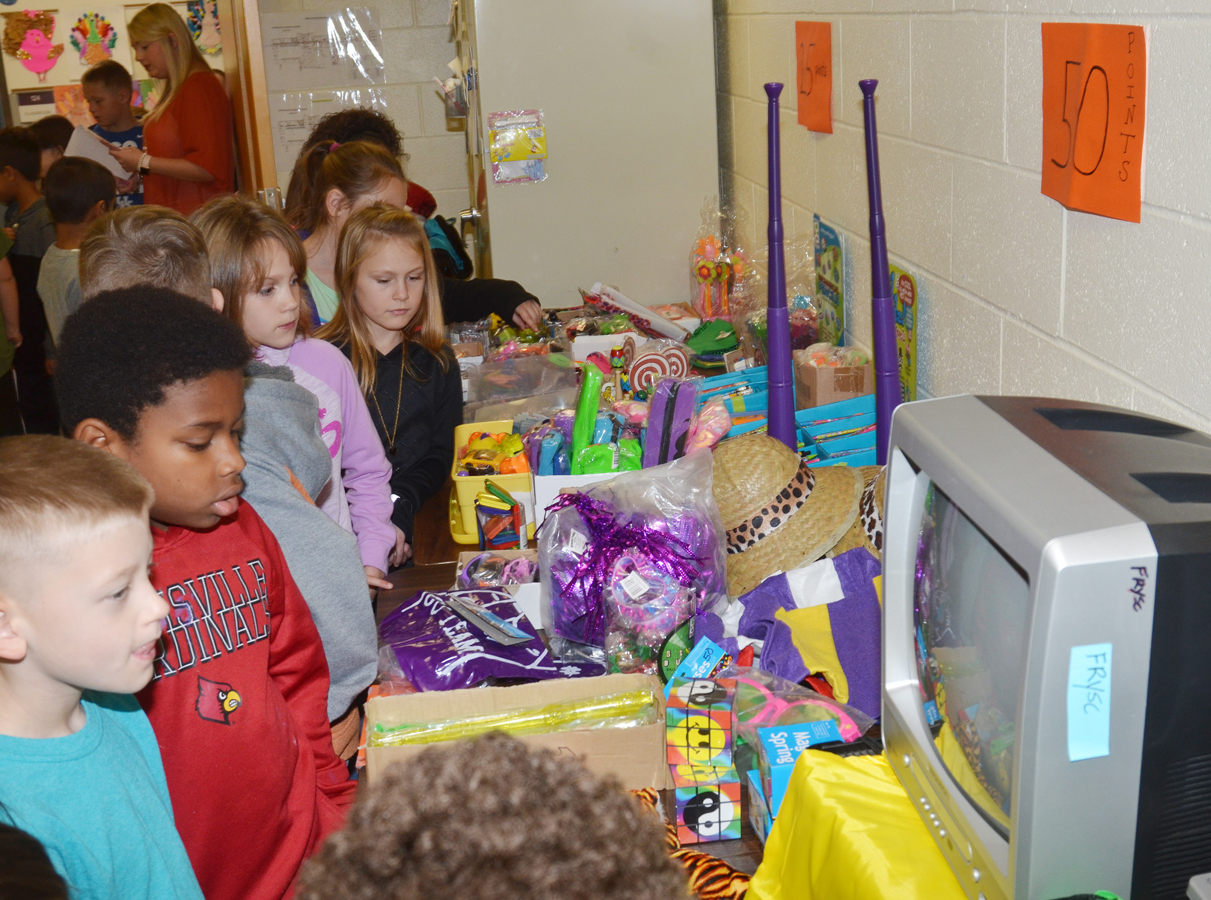 CES third-graders shop with their AR points.