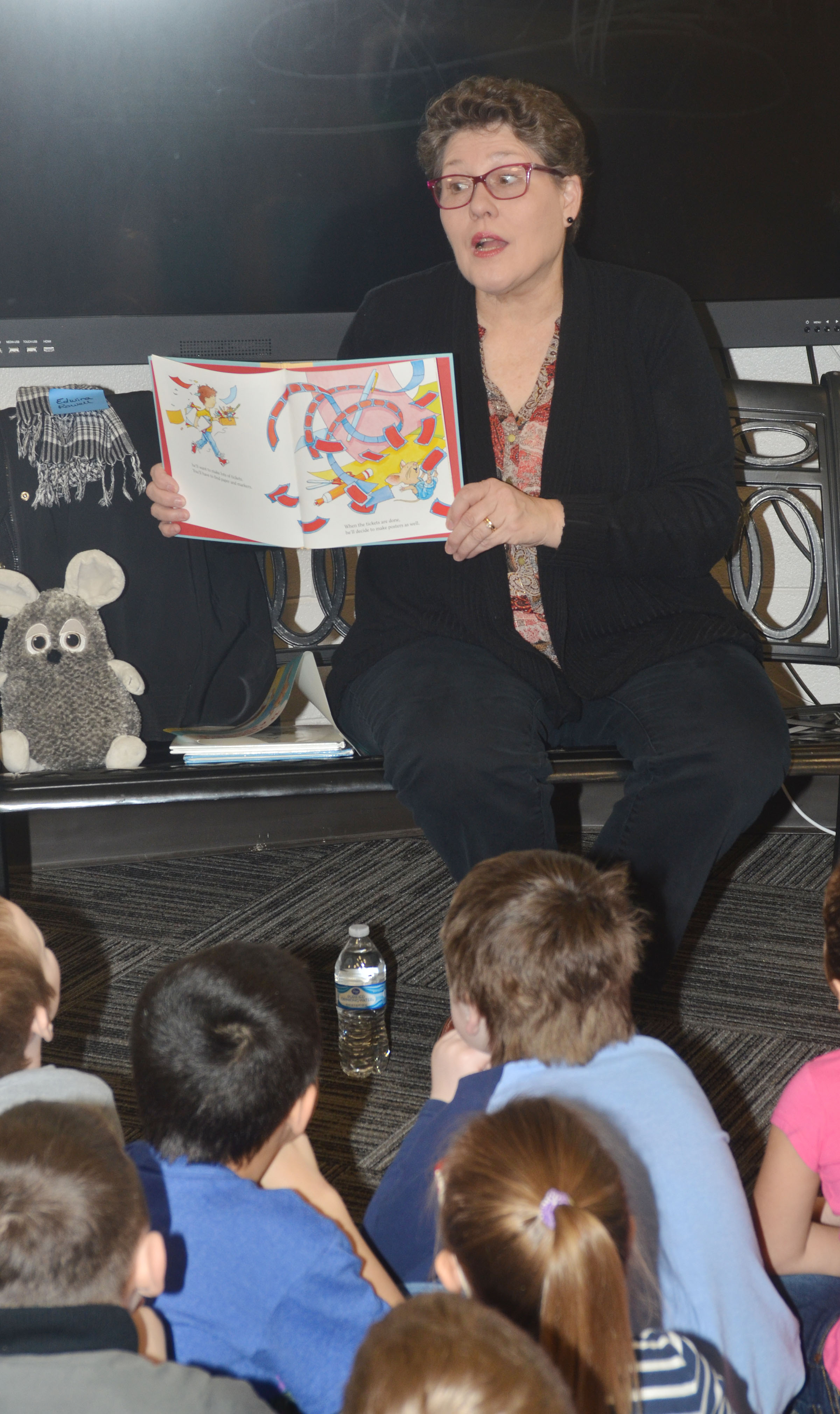 "Edwina Rowell reads to CES students on ""I Love to Read"" Day."