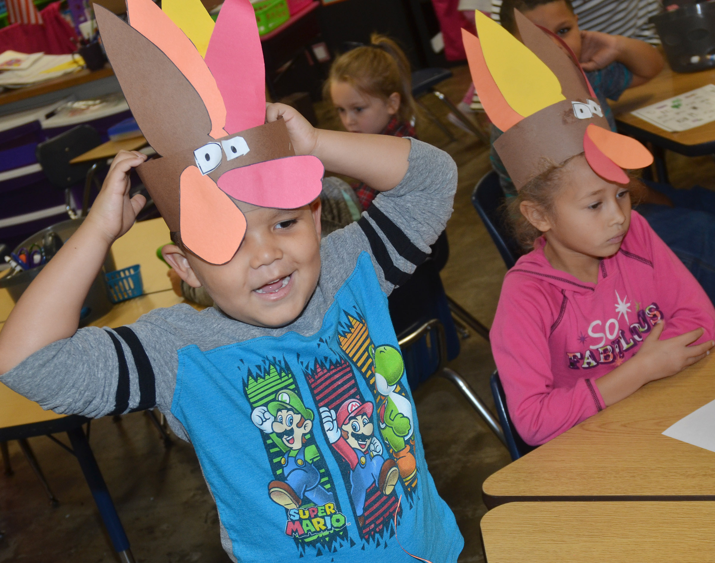 CES kindergartener Kingson Duncan wears his turkey hat.