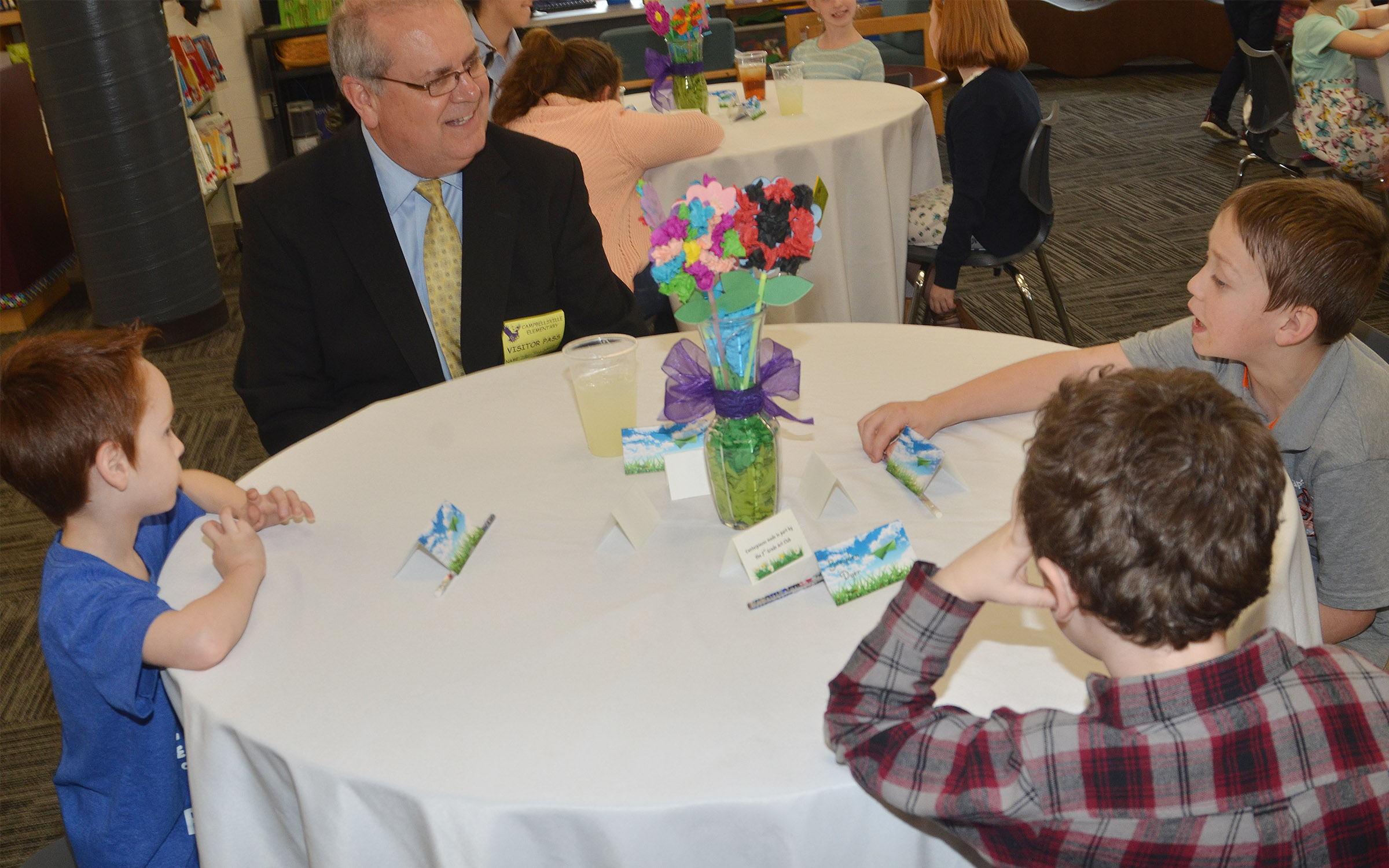 Campbellsville Mayor Tony Young has lunch with, from left, kindergarteners Carson Montes and Braydan Dyer and first-grader Jacob Golden.