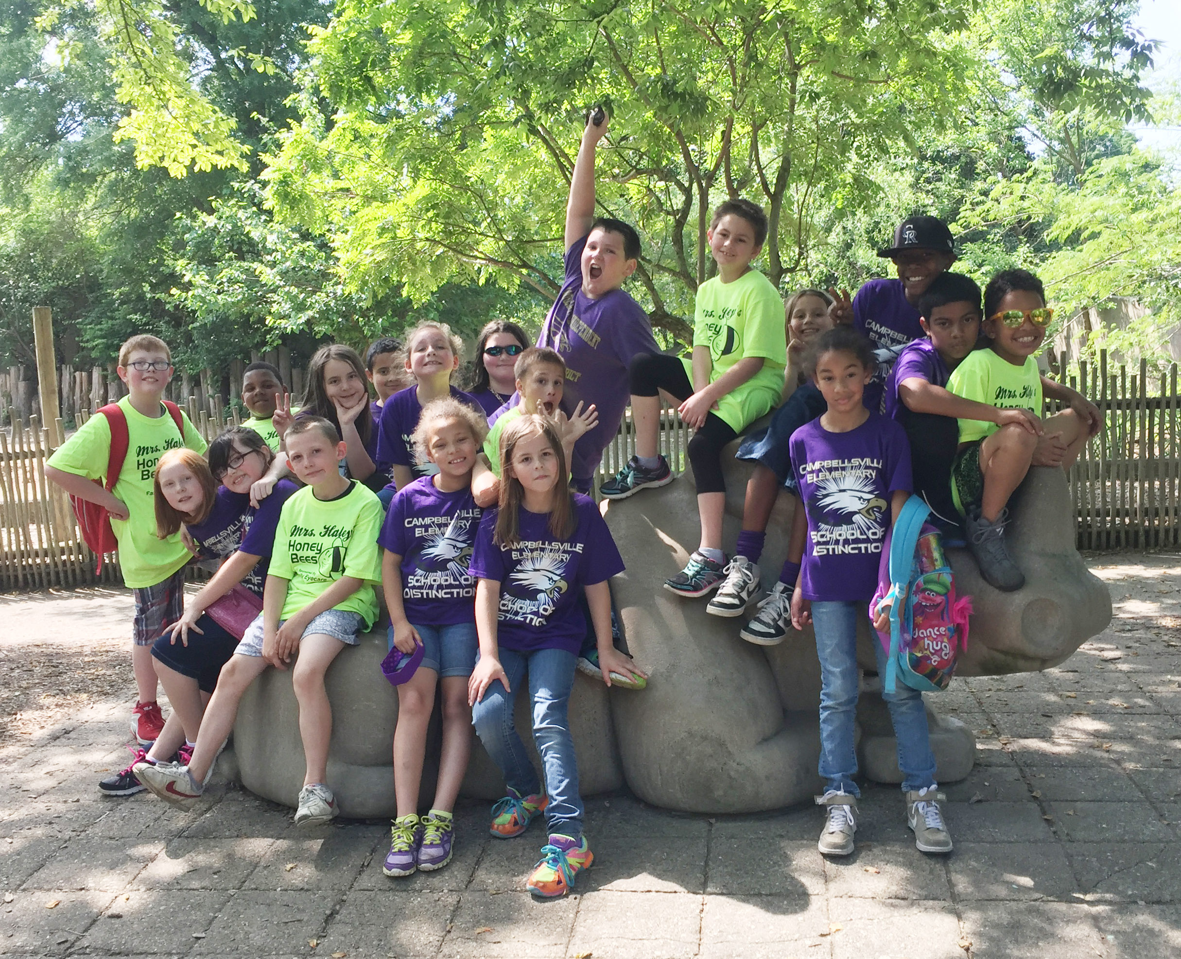 CES third-graders in Patty Haley's class pose for a photo at the Louisville Zoo.