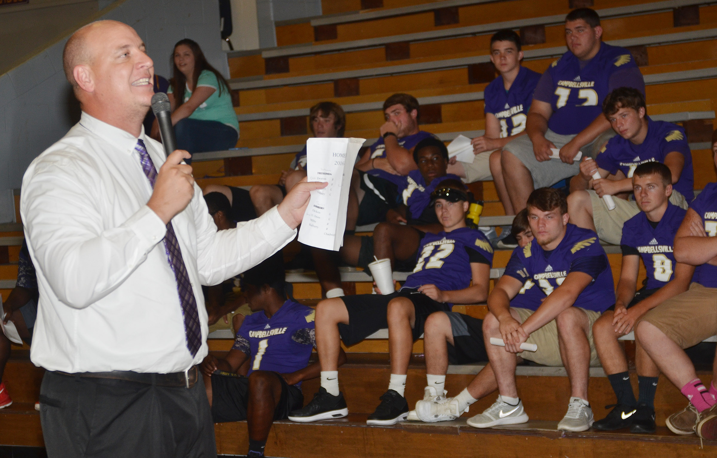 CHS Principal David Petett talks with CHS upperclassmen about the new school year.