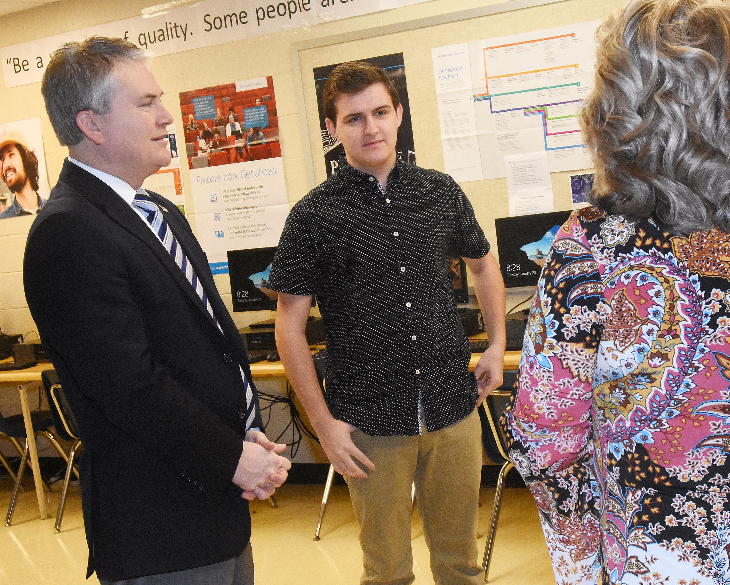 U.S. Rep. James Comer, R-Ky., visited CHS on Tuesday, Jan. 23, to meet with CHS AP computer science students. Comer, at left, is pictured with senior Austin Fitzgerald and computer science teacher Sonya Kessler. Fitzgerald and fellow CHS senior Christian Berry recently won the First District 2017 Congressional App Challenge.