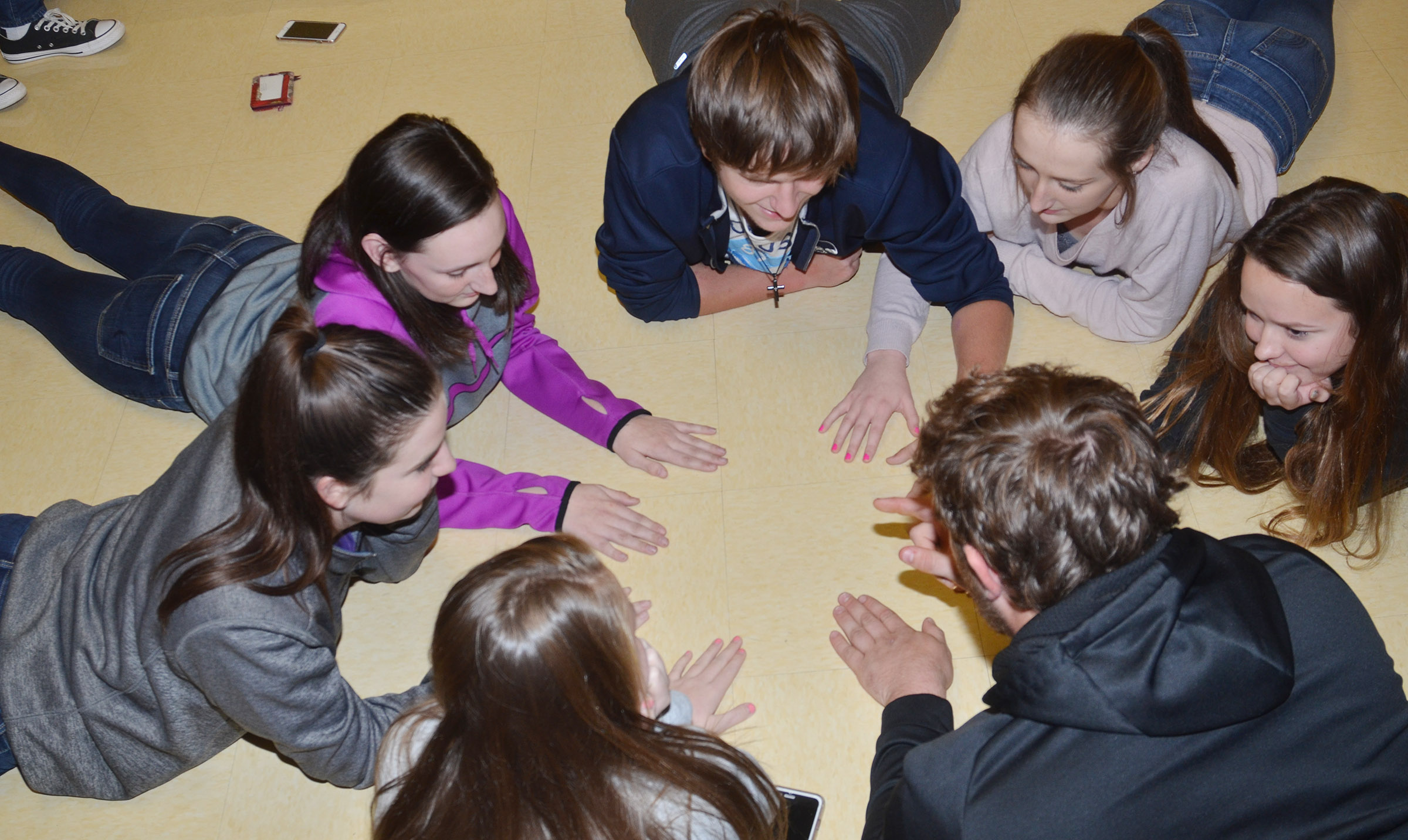 CHS FCA members, clockwise from left, sophomores Sydney Wilson and Zoe McAninch, juniors Myles Murrell, Samantha Mason, Christa Riggs and Lane Bottoms and sophomore Kaleigh Hunt play a concentration icebreaker game.