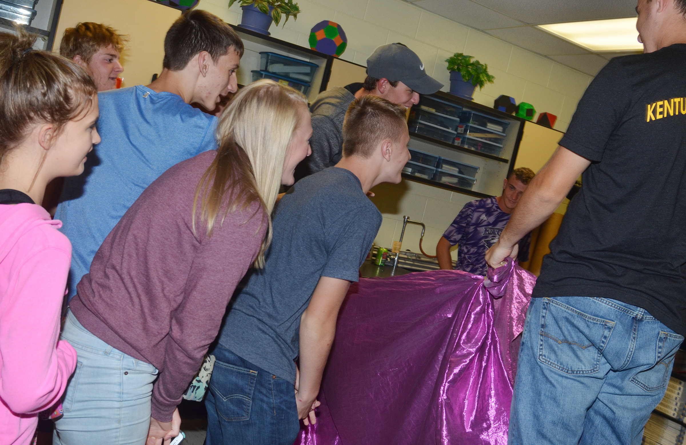 CHS students gather together to play the behind the curtain game.