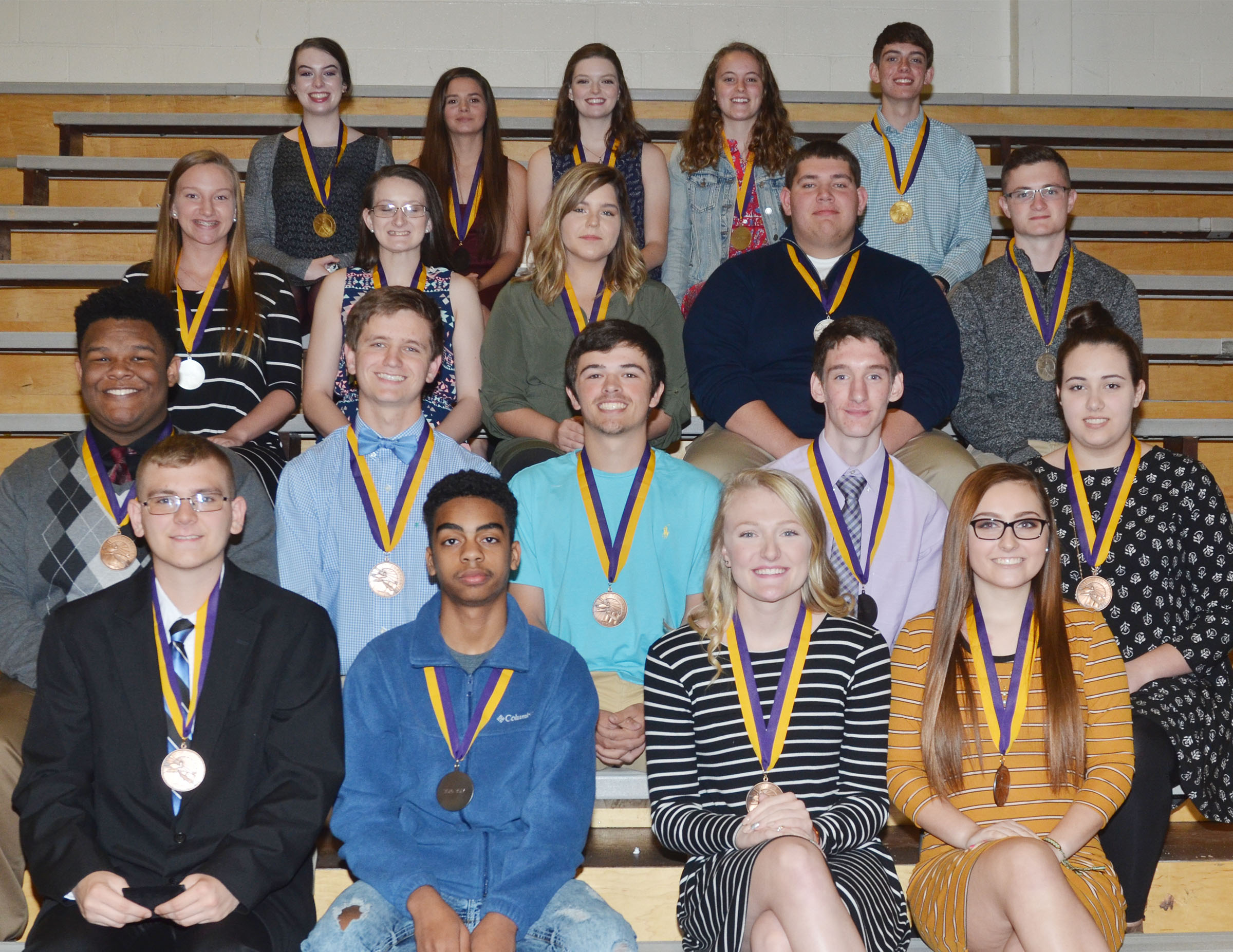 CHS students honored at this year's Top 10 percent banquet are, from left, front, sophomores Brandon Greer, Davon Cecil, Abbie Dicken and Reagan Knight. Second row, sophomores Jeremiah Jackson, Myles Murrell, Ryan Kearney, Ian McAninch and Elizabeth Sullivan. Third row, juniors Madison Dial, Kimberly Harden, Sara Farmer, Ryan Wiedewitsch and Bryce Richardson. Back, seniors Laura Lamb, Shauna Jones, Blair Lamb, Caroline McMahan and Murphy Lamb. Absent are senior Tiffany Stagner and juniors Alex Doss and Samuel Kessler.