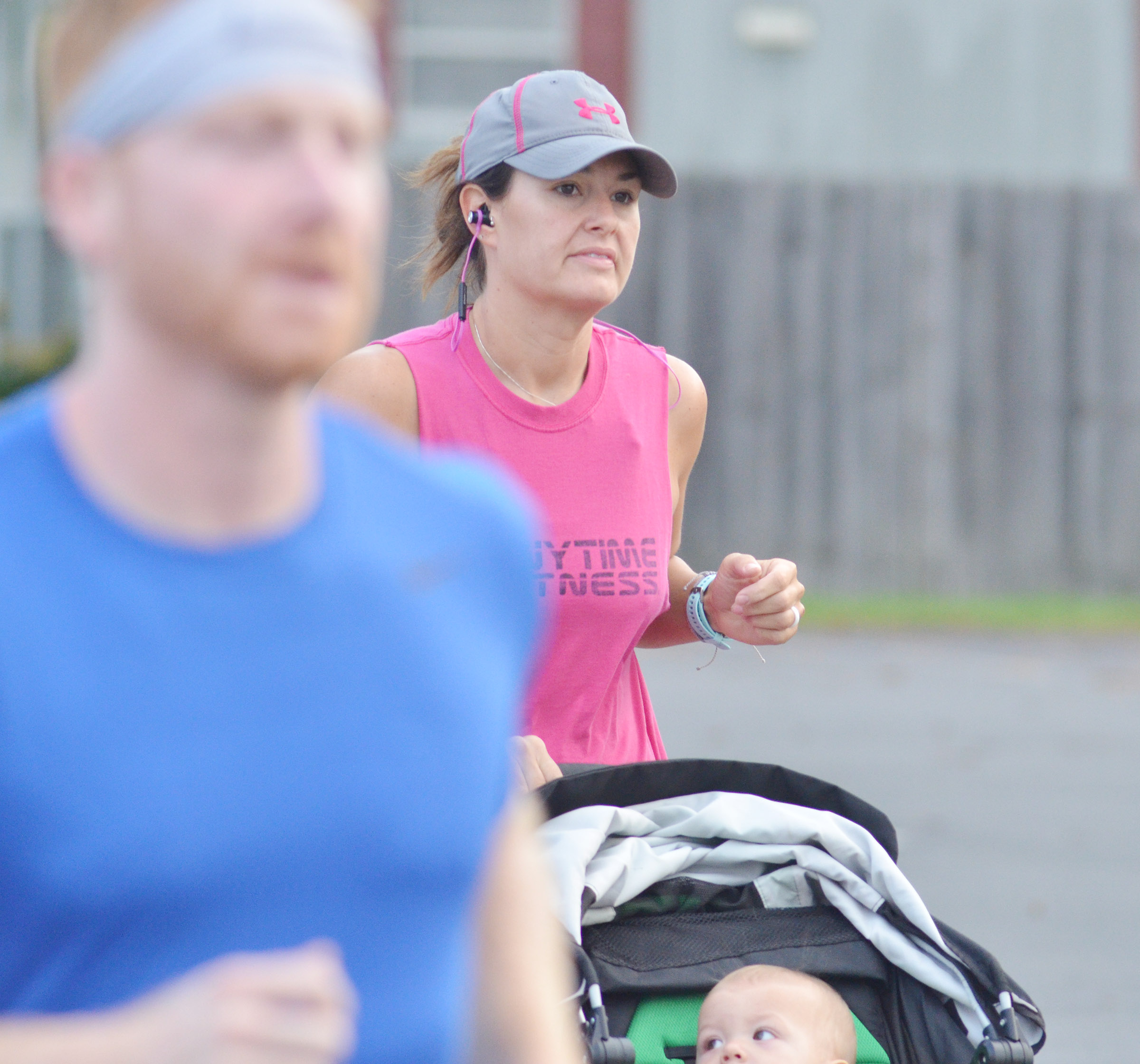 Campbellsville Elementary School exceptional child educator Amber Johnson begins the 5K race.