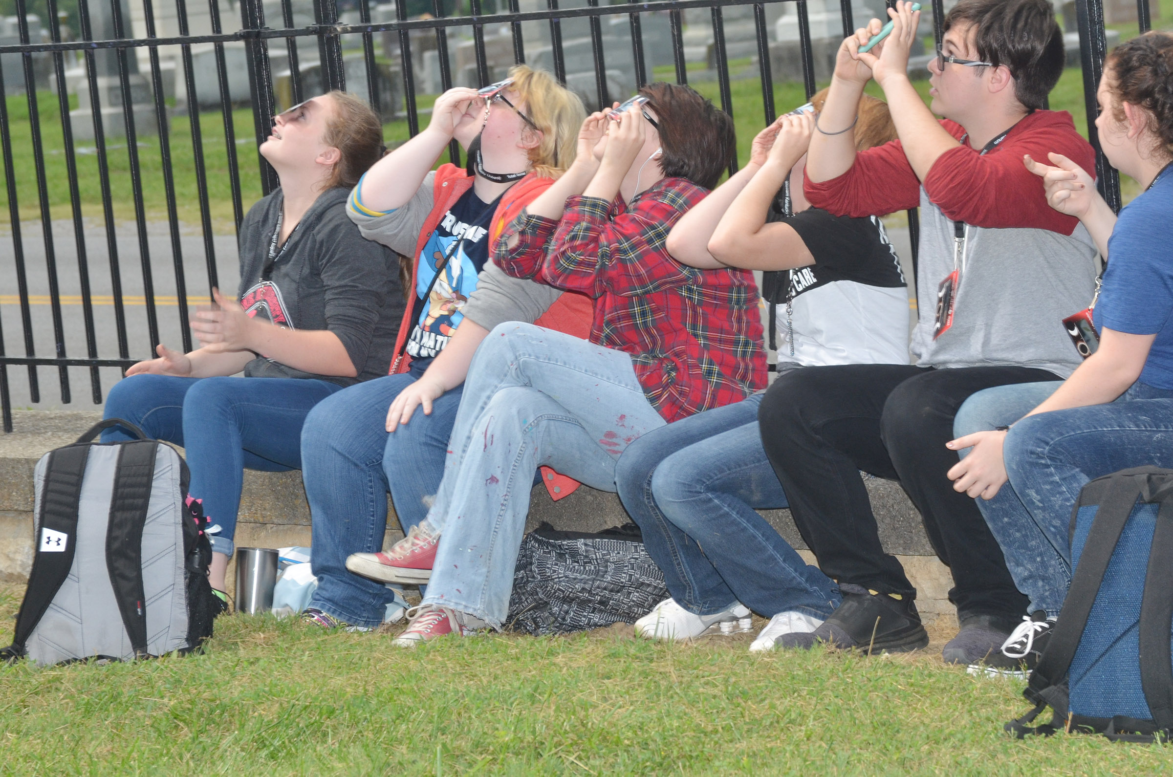CHS juniors view the eclipse.