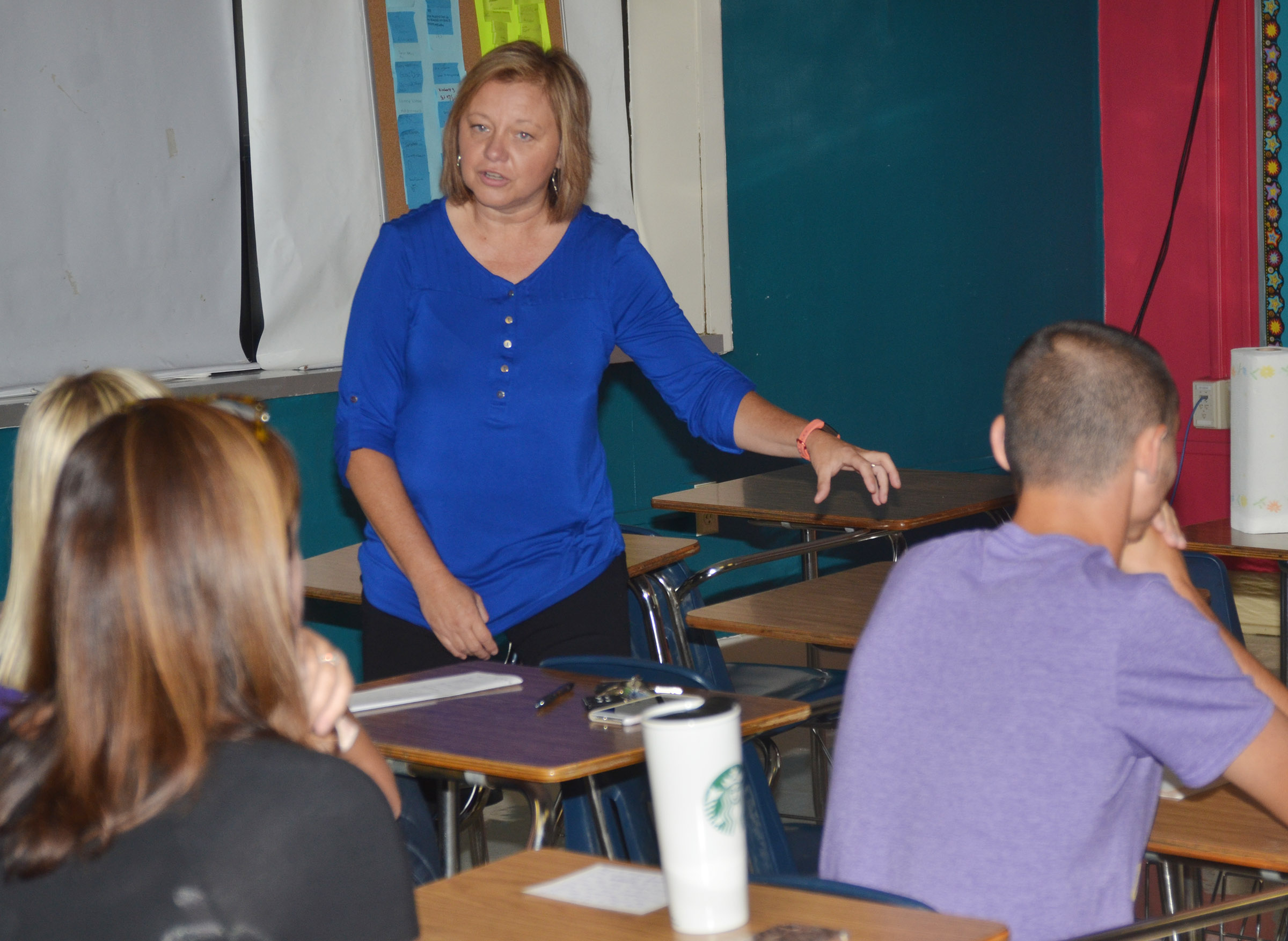 CMS teacher Sharon Harris teaches a session about classroom routines.