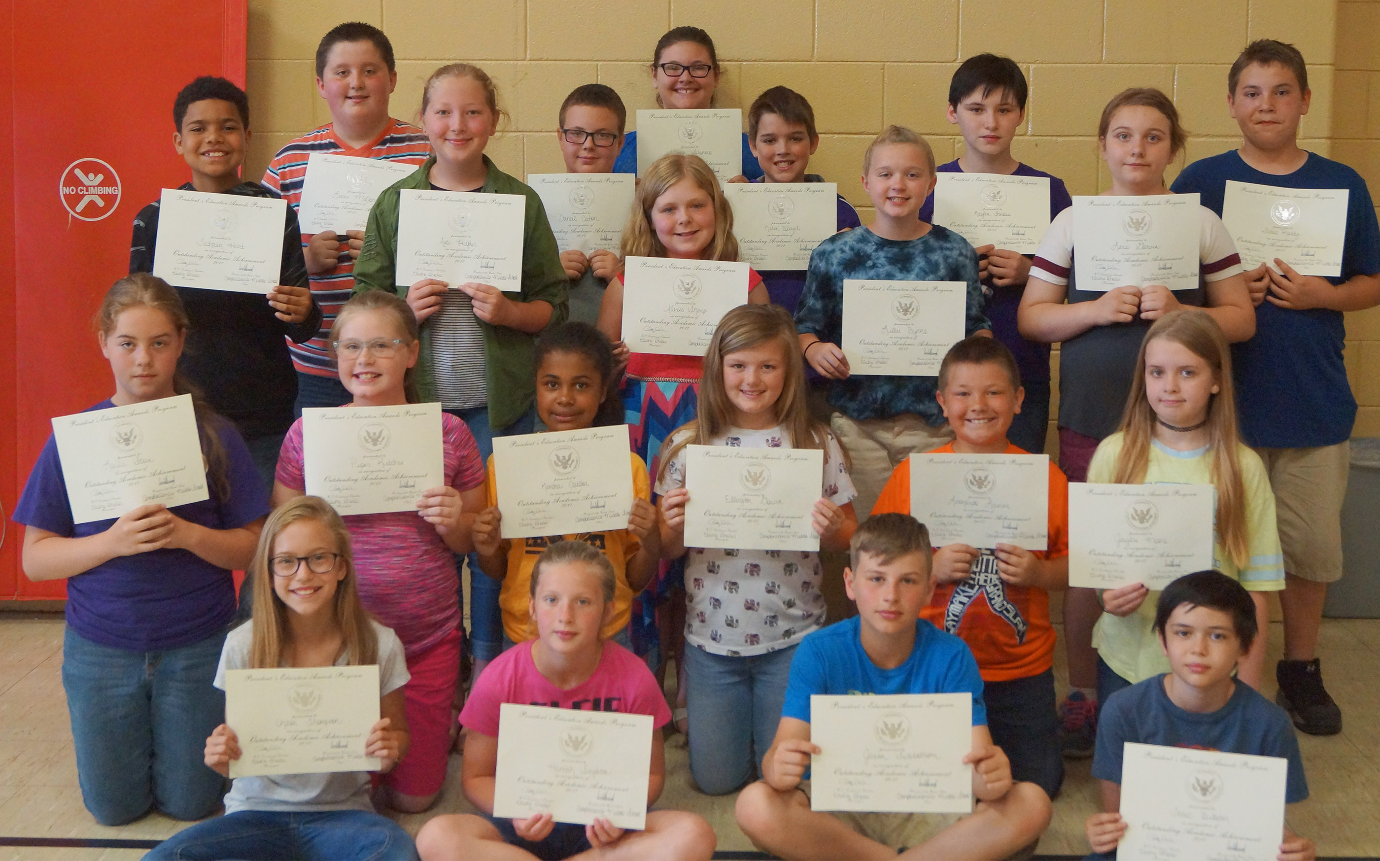 Fifth-graders receiving the president's award for educational achievement are, from left, front, Chloe Thompson, Hannah Singleton, Jaxon Sidebottom and Isaac Billeter. Second row, Layla Steen, Piper Ritchie, Kendra Coulter, Ellington Gowin, Leo Lamer and Jaylie Moore. Third row, Tashaun Hart, Ava Hughes, Alexis Sharp, Lillee Byrne and Lexi Garvin. Back, Luke McDonald, Daniel Caton, Allison Sumners, Kaden Bloyd, Kaylin Forbis and Isaac Roddy.