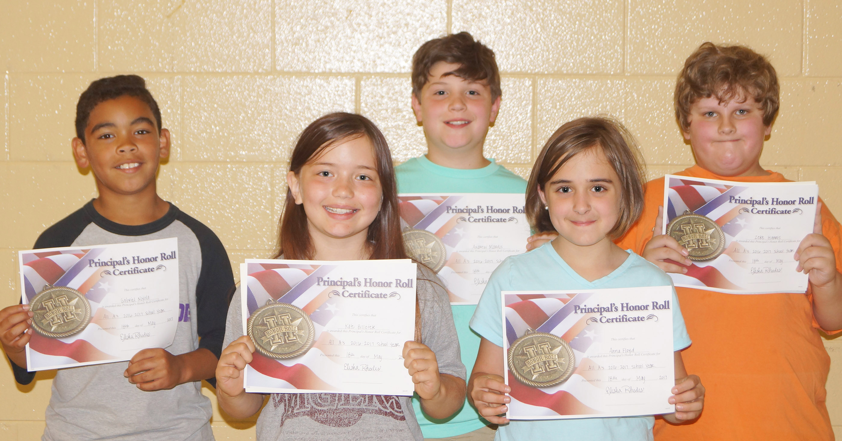 Fourth-graders receiving the principal's honor roll award are, from left, Gabriel Noyola, Kate Billeter, Andrew Mardis, Anna Floyd and Zeke Harris.