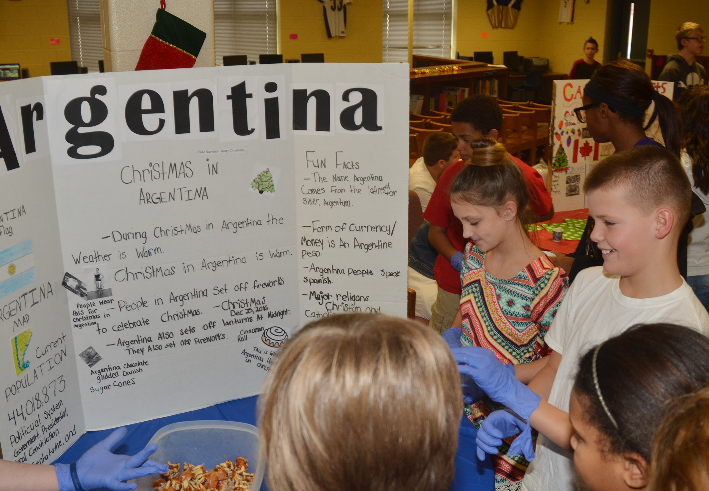 CMS students learn about Christmas traditions in Argentina.