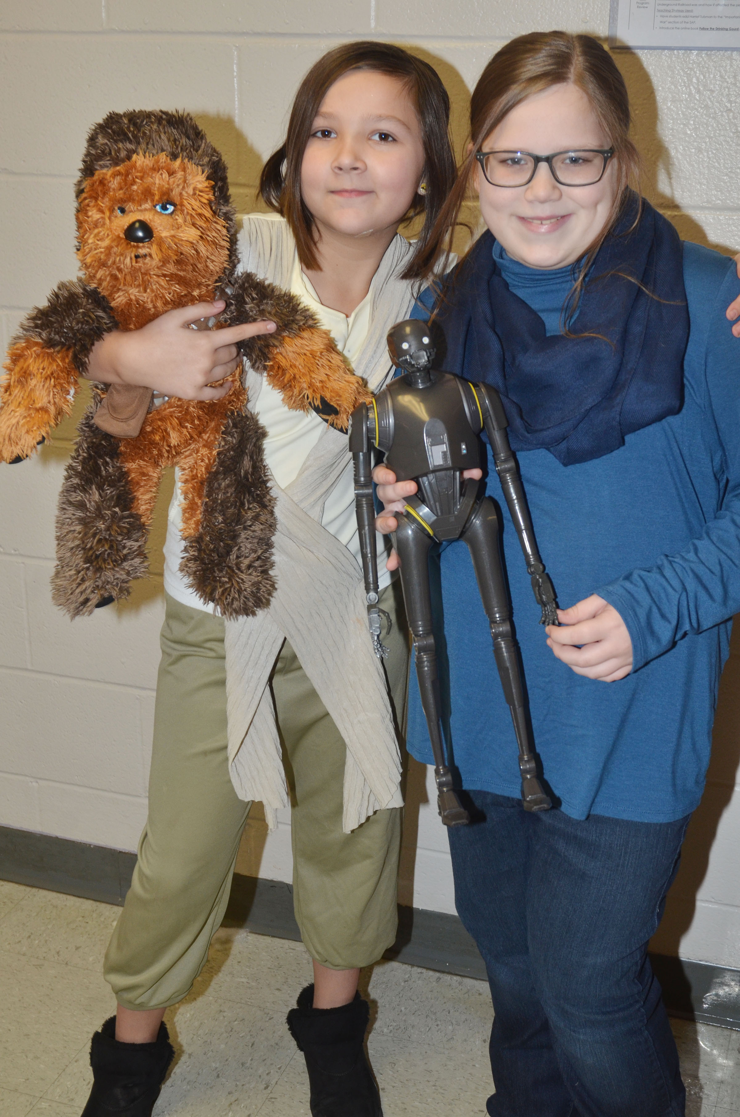 CMS fourth-graders Cassie Crick, at left, and Kaylyn Lawson dress for Dynamic Duo Day.